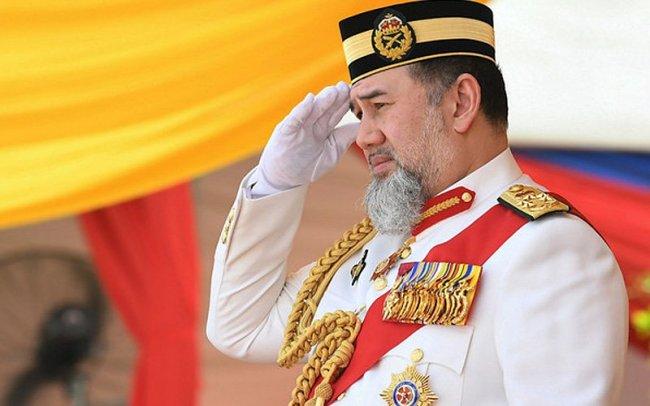 sultan-muhammad-v-bernama-040119-1